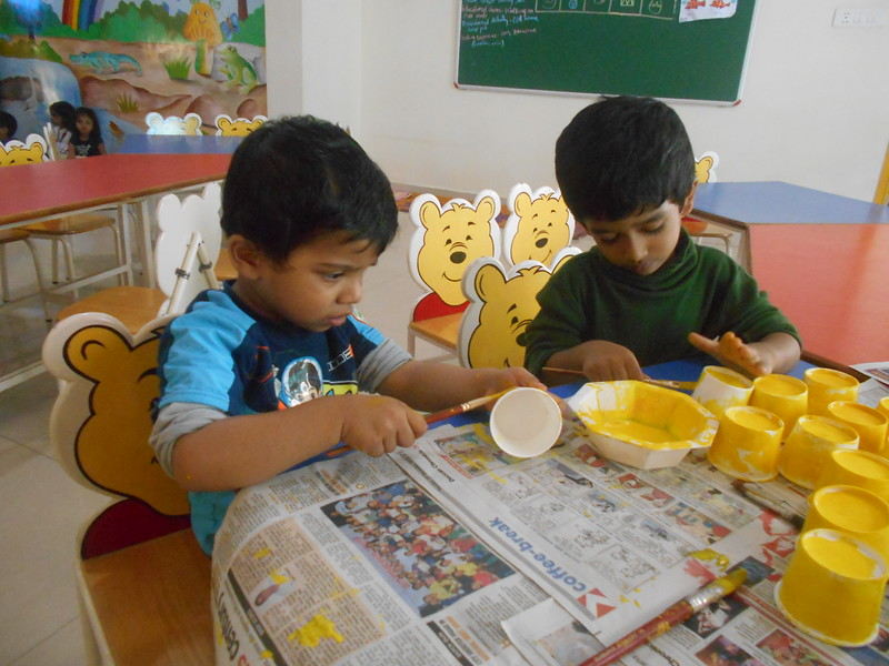 PAINTING ACTIVITY-YELLOW PAPER CUP FLOWER (9)