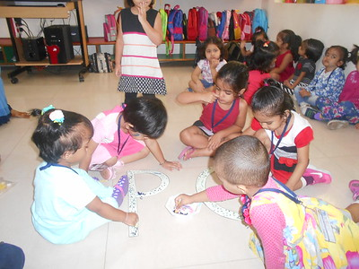 ACTIVITY- DOTS ON LETTER Dd (6)