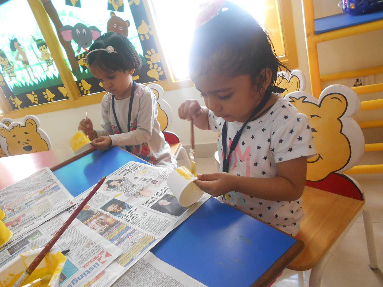 PAINTING ACTIVITY-YELLOW PAPER CUP FLOWER (1)