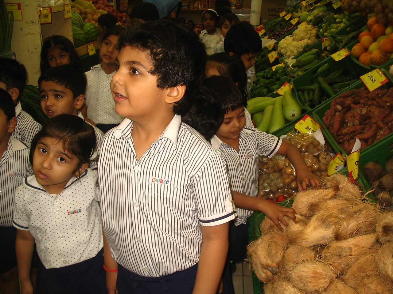 VISIT TO THE VEGETABLE MARKET FOR THE TOPIC VEGGIE DELIGHT 1