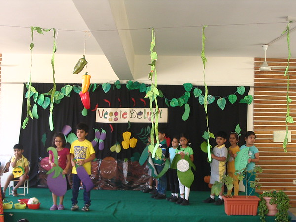 DEVELOPING COMMUNICATION SKILLS - ASSEMBLY PRESENTATION ON ABOVE GROUND VEGETABLES (8)