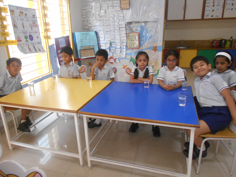 DEVELOPING SENSORIAL SKILLS - CHILDREN RELISHED THE LEMONADES PREPARED BY THEMSELVES (4)