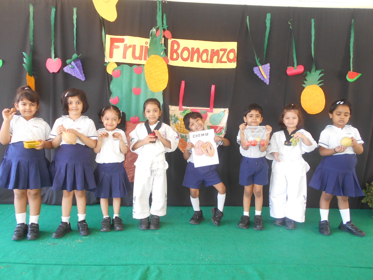 SHOW AND TELL- FRUITS BONANZA