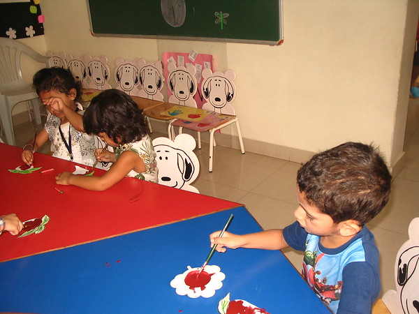 DEVELOPING FINE MOTOR AND EYE HAND COORDINATION- PAINTING ACTIVITY (9)