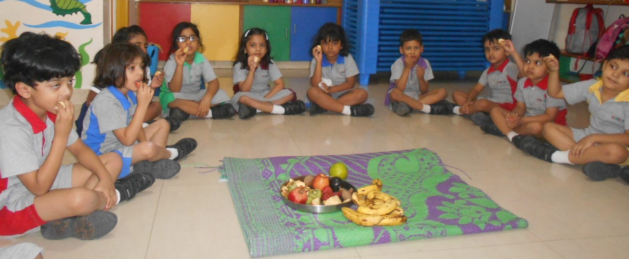 SENSORIAL ACTIVITY OF TASTING VARIOUS FRUITS