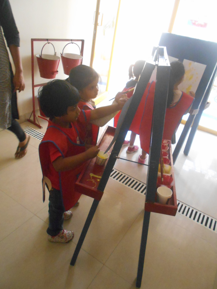 DEVELOPING CREATIVE, FINE MOTOR AND SOCIAL SKILLS THROUGH PAINTING ACTIVITY (7)