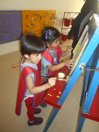 DEVELOPING CREATIVE, FINE MOTOR AND SOCIAL SKILLS THROUGH PAINTING ACTIVITY (8)