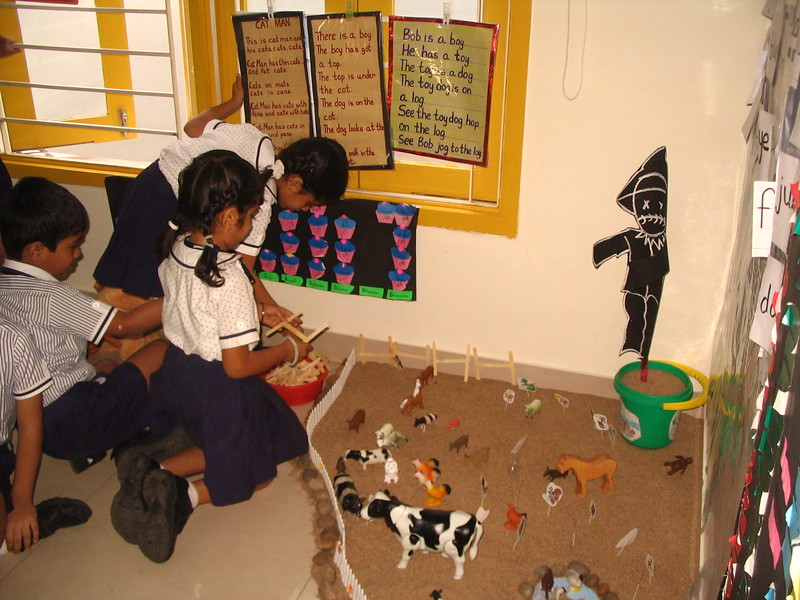 KANGAS FENCING THE FARM  (8)