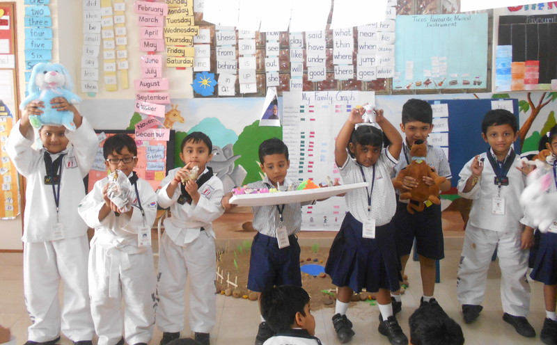 DEVELOPING LANGUAGE AND PRESENTATION SKILLS DURING SHOW AND TELL ACTIVITY (FARM ANIMALS)