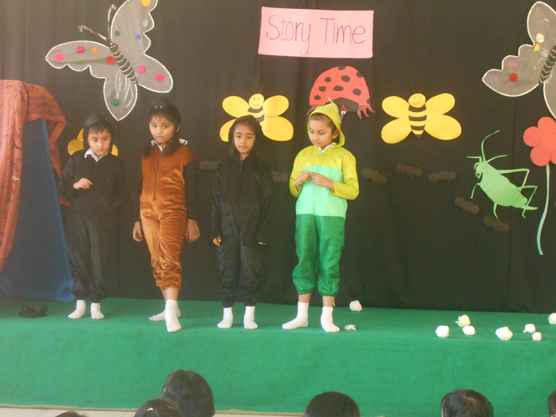 DEVELOPING SOCIAL EMOTIONAL AND CREATIVE SKILLS DURING STORY PRESENTATION