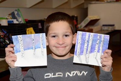 Sixth Graders Make Cards For Veteran's Home photos by Gary Baker