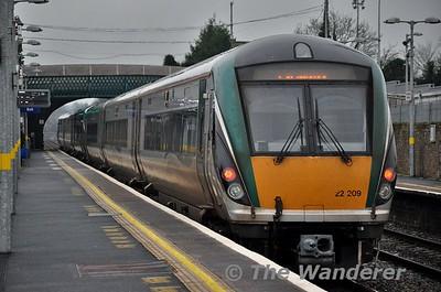 22057 + 22009 depart Newbridge. 1320 Heuston - Portlaoise. Sat 09.01.16