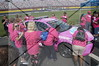 PaintThePitWallPink28Sep2016_093