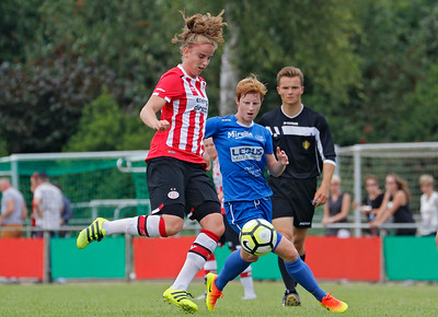 20160807 - Belgie - Zonhoven - Ladies Genk - PSV Vrouwen  - Lien Mermans  (Ladies Genk)  - Myrthe Moorrees (PSV Vrouwen)