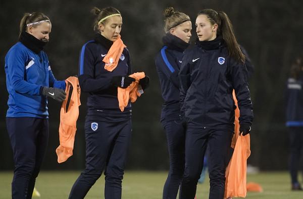 20170127 - GENK - Training KRC Ladies Genk - Gwen Duijsters - Annelies Menten