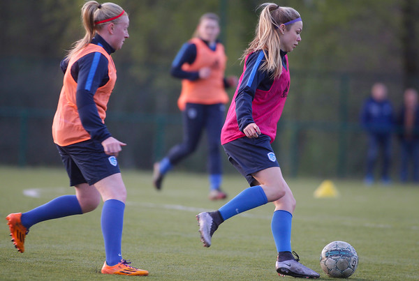 2017-03-13 - GENK - Training KRC Genk Ladies - Nadine Hanssen