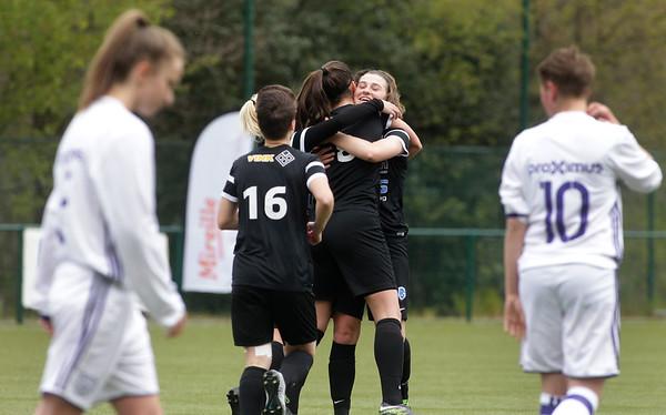 2017-04-22 - GENK - KRC Genk Ladies ll - Anderlecht lll - Floor Caelen - Amber Tysiak - Esther Knevels