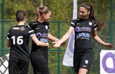 2017-04-22 - GENK - KRC Genk Ladies ll - Anderlecht lll -  Amber Tysiak - Esther Knevels - Esther Oversteyns