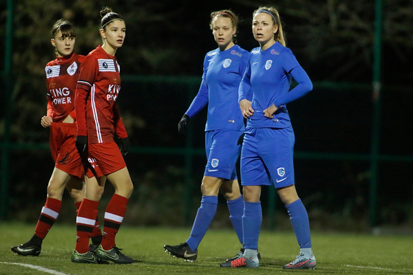 Genk - 20180119 - KRC Genk Ladies - OHL Leuven - Nadine Hanssen of KRC Genk Ladies - Lore Vanschoenwinkel of KRC Genk Ladies