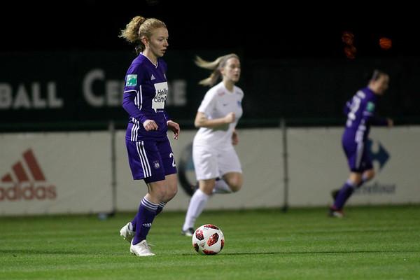 30-11-2018 - Tubeke - RSCA Anderlecht - KRC Genk Ladies - Charlotte Tison of Anderlecht