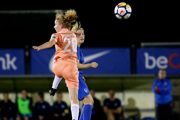 13-10-2018 - Genk - Super League - KRC Genk Ladies - RSC Anderlecht - Celien Guns of KRC Genk Ladies - Charlotte Tison of RSC Anderlecht