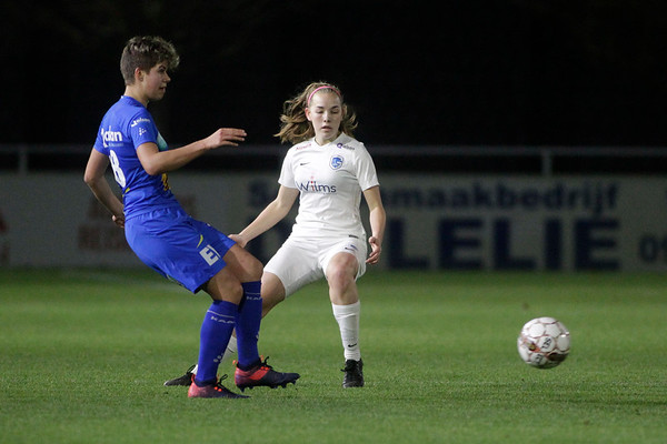 2018-12-21 - Gent - KAA Gent Ladies - KRC Genk Ladies - Yuna Appermont of KRC Genk Ladies - Isabelle Iliano of KAA Gent Ladies