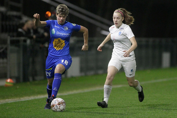 2018-12-21 - Gent - KAA Gent Ladies - KRC Genk Ladies - Emmy Donne of KRC Genk Ladies - Isabelle Iliano of KAA Gent Ladies