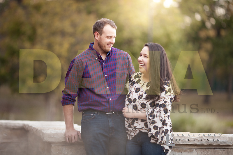IlianaPatEngaged_Dana Frames Photo + Design-12