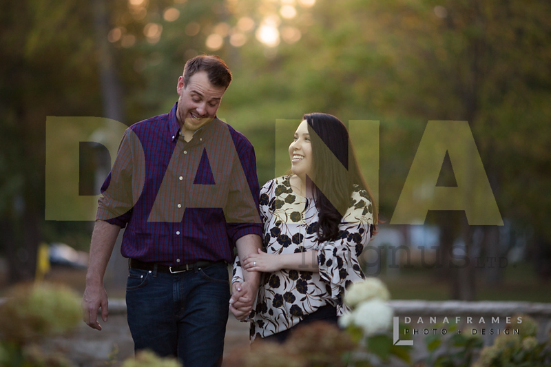 IlianaPatEngaged_Dana Frames Photo + Design-42