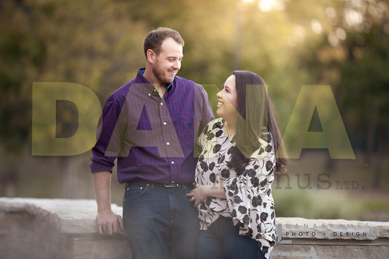 IlianaPatEngaged_Dana Frames Photo + Design-11