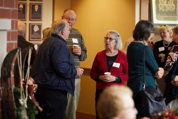 2017_UWL_Winter_Holiday_Foundation_Open_House_Cleary_0017
