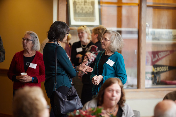 2017_UWL_Winter_Holiday_Foundation_Open_House_Cleary_0015