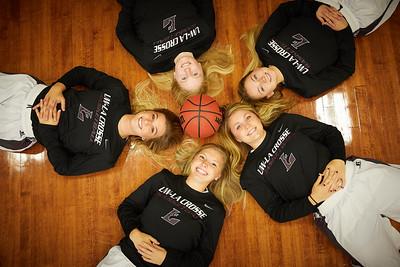 2017_UWL_Womans_Basketball_Team_Seniors_0033