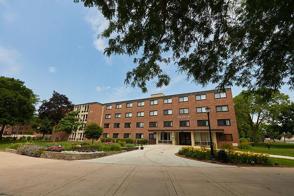 2017_UWL_Residence_Halls_Dorms_Anna_Wentz_0006