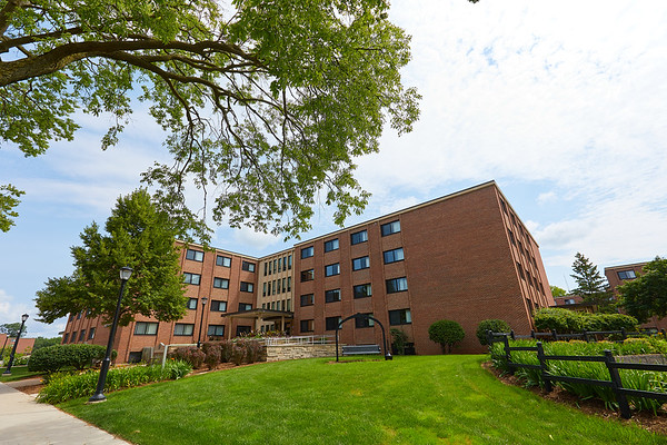 2017_UWL_Residence_Halls_Dorms_Angell_Hall0018