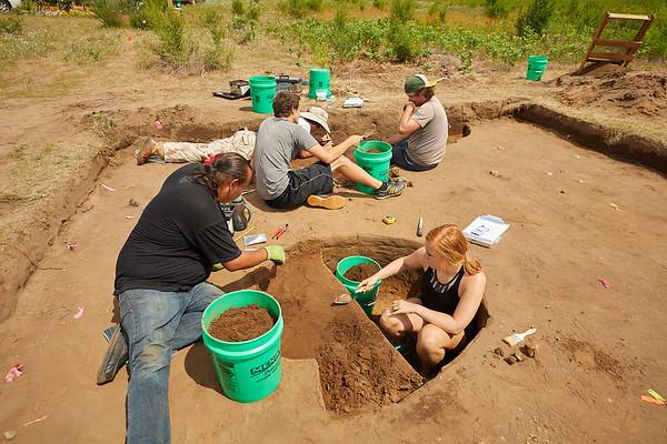 2018 UWL Archaeology Site Tremaine Holmen 0013