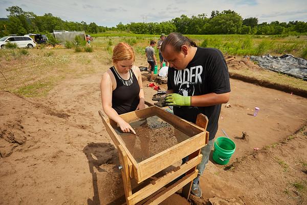 2018 UWL Archaeology Site Tremaine Holmen 0015