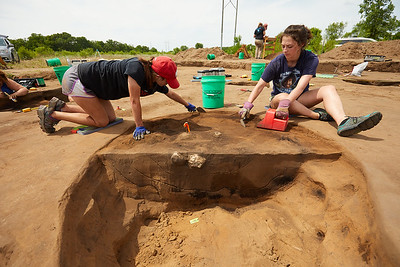 2018 UWL Archaeology Site Tremaine Holmen 0003