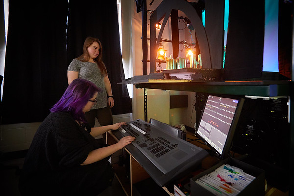 2018_UWL_Theatre_Lighting_Class_0048