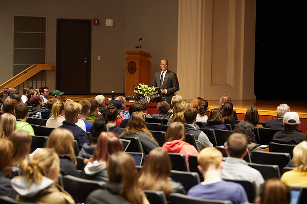 2017_UWL_Cleary_Lecture_Jim_Reynolds_0062