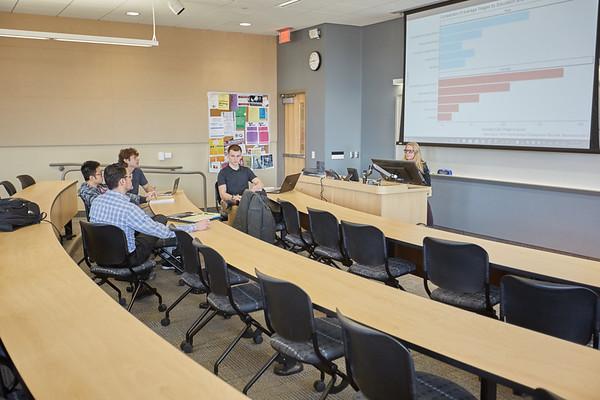 2018 UWL Economics Presentations Coaches_0071_