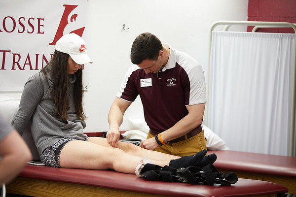 2018 UWL Athletic Training Lab 0011