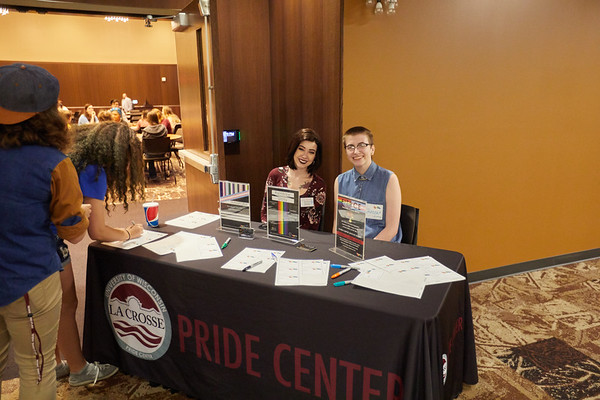 2017_UWL_Pride_Center_Welcome_0021