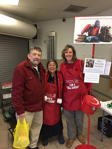 2017_UWL_Salvation_Army_Bell_Ringers_0001