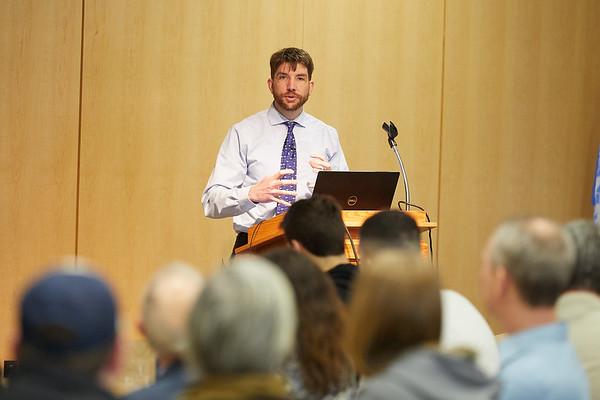 2018 UWL Land Management Ethics Symposium0047