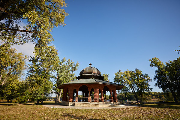 2017_Fall_Pettibone_Gazebo_0716