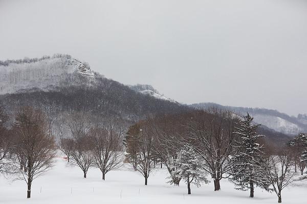 2020 UWL Winter Snow Bluffs 4