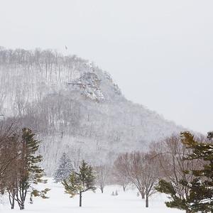 2020 UWL Winter Snow Bluffs 8