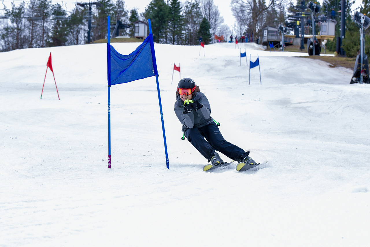 Carnival-Sunday-57th-2018_Snow-Trails-7100