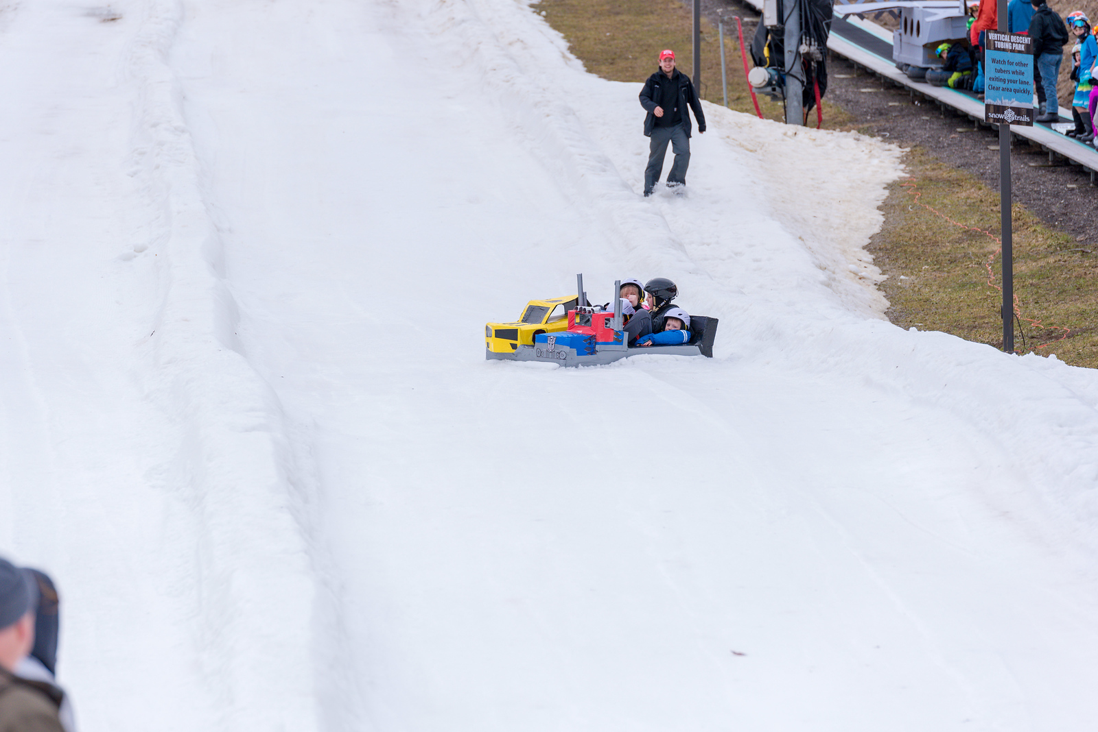 Carnival-Sunday-57th-2018_Snow-Trails-7399
